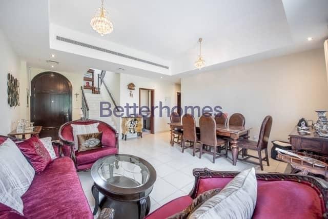 2 3 Bedrooms Villa in  Reem