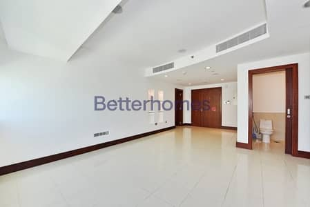 2 Bedrooms Apartment in  World Trade Centre