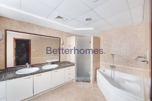 12 4 Bedrooms Townhouse in  Green Community