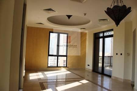 بنتهاوس 4 غرف نوم للايجار في المدينة القديمة، دبي - Beautiful and spacious 4 BR + maids Penthouse for rent in Kamoon 2