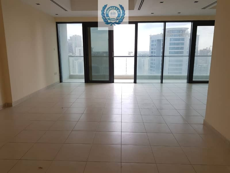 2 Chiller Free Spacious 3BHK on Al Khan Corniche with HC / Parking Free