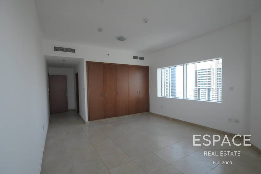 2 Walking Distance to the Beach | Large 1BR