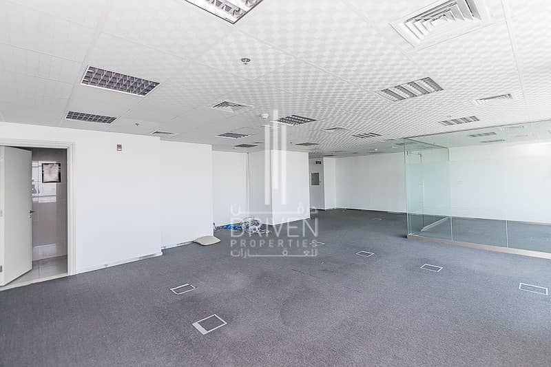 2 NEWLY RENOVATED LARGE OFFICE SPACE | JLT