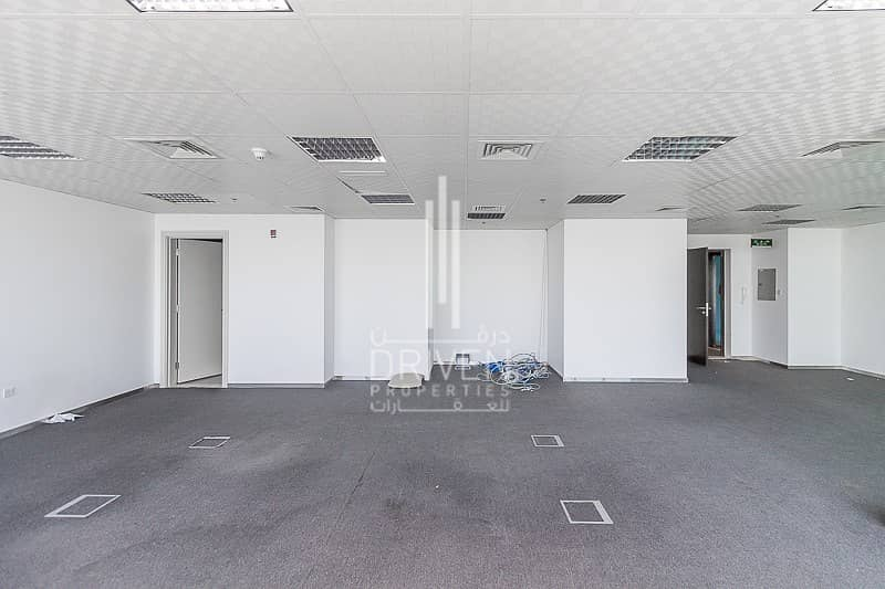 11 NEWLY RENOVATED LARGE OFFICE SPACE | JLT
