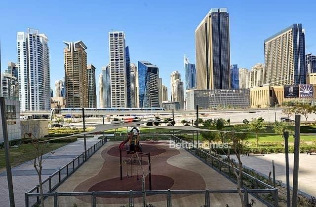 3 Bedrooms Apartment in  Jumeirah Lake Towers