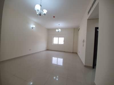 فلیٹ 2 غرفة نوم للايجار في ند الحمر، دبي - Main hall