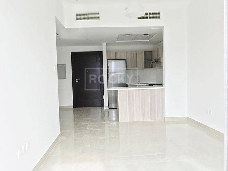 Brand New | 2-Bed | Equipped Kitchen | Arjan