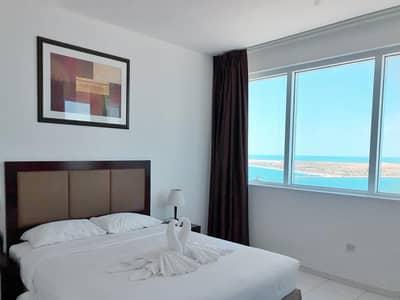 شقة 3 غرف نوم للايجار في منطقة الكورنيش، أبوظبي - شقة في منطقة الكورنيش 3 غرف 110000 درهم - 4469476