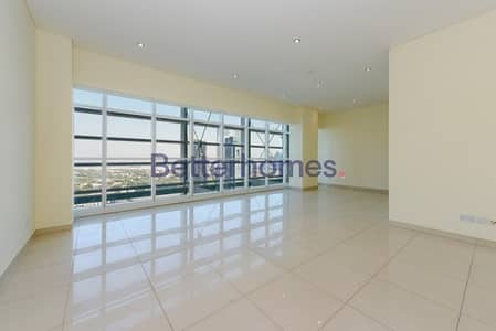 3 Bedrooms Apartment in  Sheikh Zayed Road