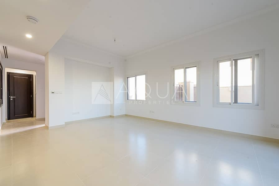 2 End Unit 3 Bed plus Maids Room   Brown Finish