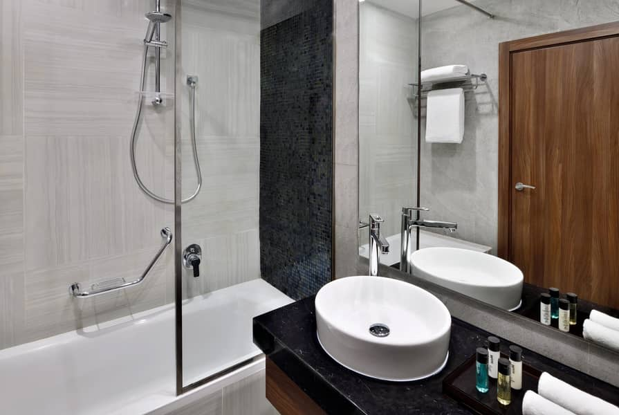 10 Cozy and Comfortable Two Bedroom Next to Dubai Mall