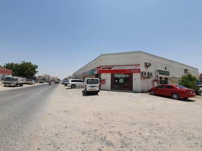 محل تجاري  للايجار في المنطقة الصناعية، الشارقة - HOT OFFER! Large Shops plus NO commission