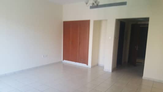 Ready to Move in Vacant Studio in Greece Cluster Round Building rent 21000/-4 cheqs