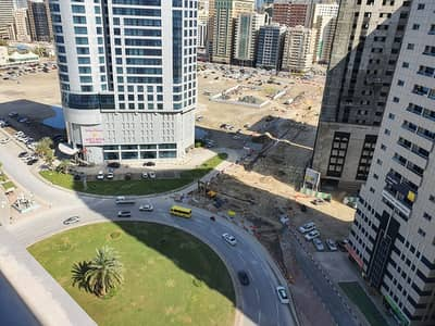 2 Bedroom Apartment for Rent in Al Khan, Sharjah - Spacious 2 BD Room Apartment in Style Tower