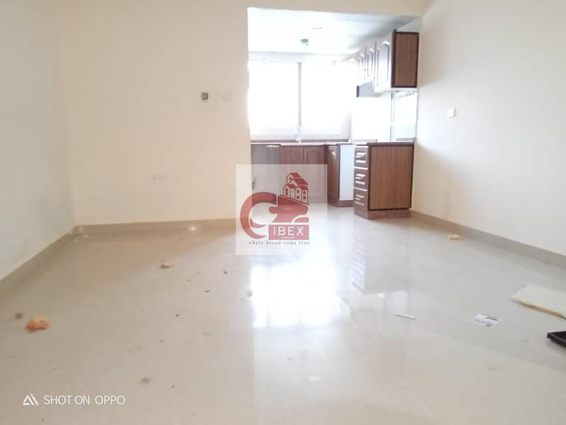 Separate kitchen studio only 14k in new muwaileh