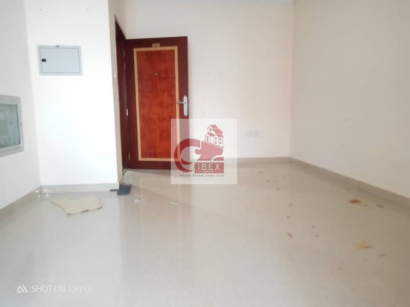 9 Separate kitchen studio only 14k in new muwaileh