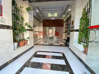 فلیٹ 3 غرف نوم للايجار في شارع المطار، أبوظبي - HOT OFFER.: 3 Bedroom Apartment with Maids room  Near Airport road 75000 only..!