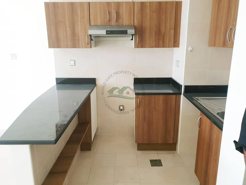 2 Genuine Price! Well Maintained & Affordable Studio!