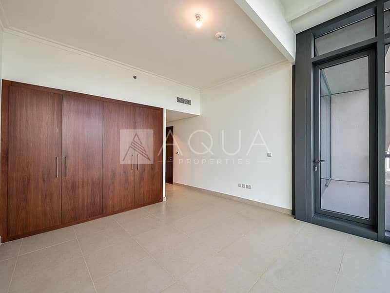 2 Incredible Burj Khalifa view | 3BR with Maids