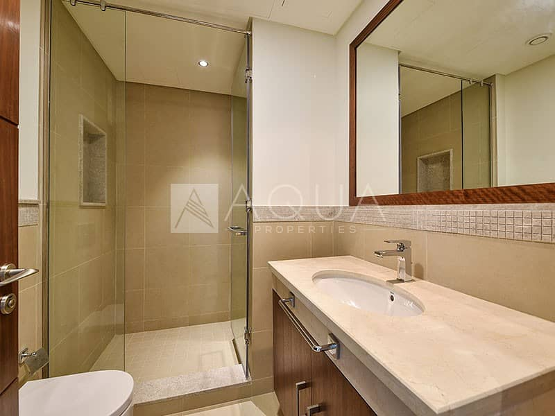 10 Incredible Burj Khalifa view | 3BR with Maids