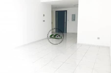 1 Bedroom Flat for Rent in Tourist Club Area (TCA), Abu Dhabi - Impressive & clean 1BR with parking in TCA!