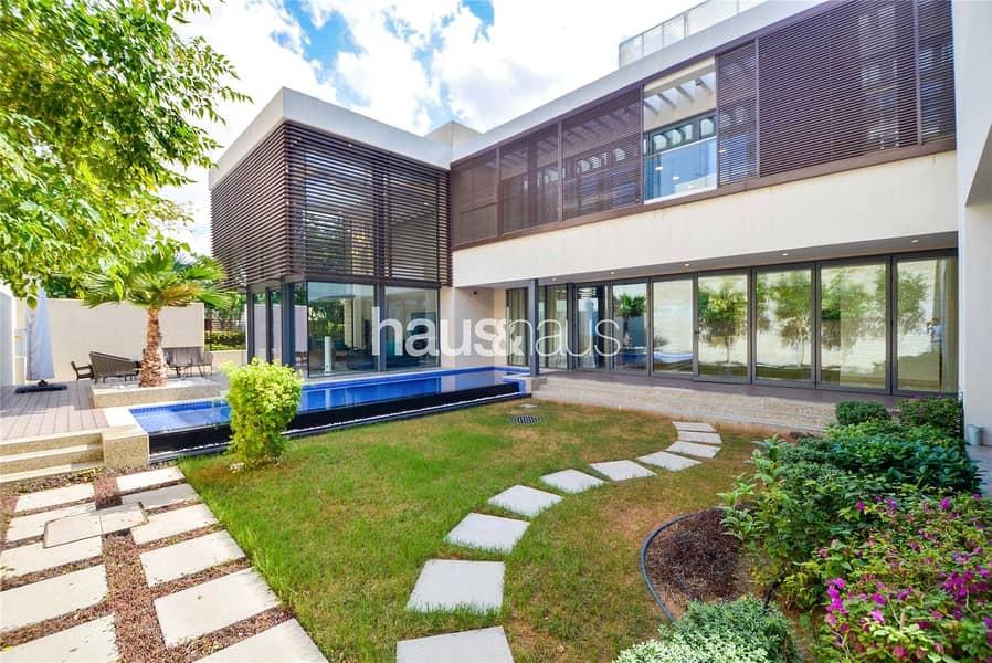 Huge Villas   Brand New   Center of Dubai