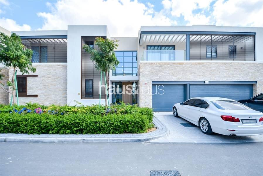 2 Huge Villas   Brand New   Center of Dubai