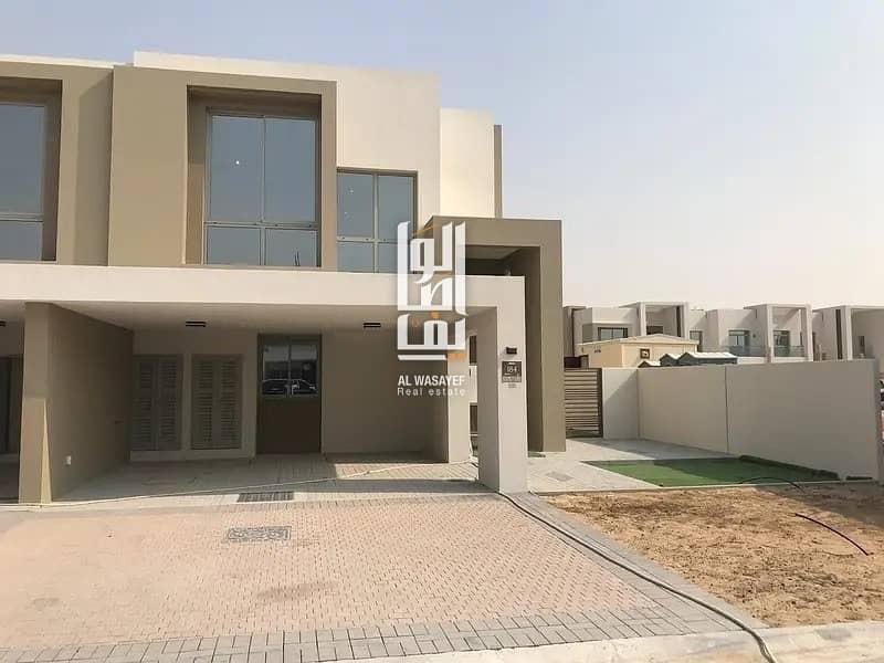 2 Get your villa in popular location - Get Exclusive  Offer