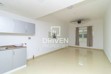 1 Bedroom Flat for Rent in Jumeirah Village Circle (JVC), Dubai - Well-managed Apartment | Serene Location