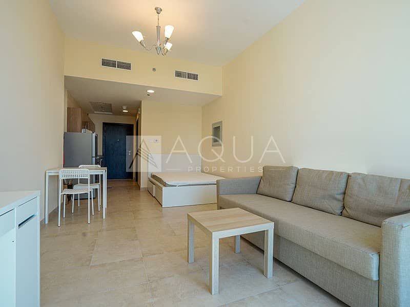 2 Stunning Fully Furnished Studio Apartment