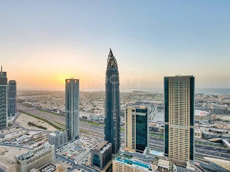 Higher Floor   2-Bed   Sheikh Zayed Road View