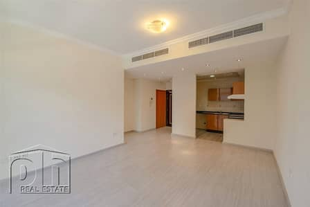 1 Bedroom Flat for Sale in Dubai Marina, Dubai - Urgent Sale|Flooring Upgraded |Exclusive