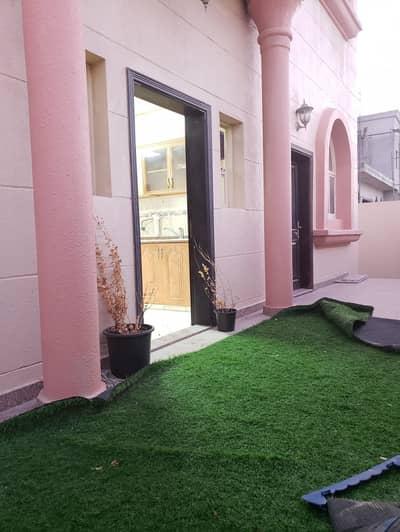 فلیٹ 1 غرفة نوم للايجار في بين الجسرين، أبوظبي - Back yard