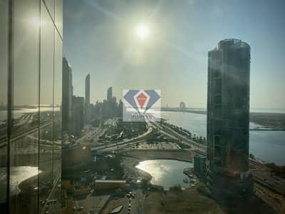 شقة 1 غرفة نوم للايجار في منطقة الكورنيش، أبوظبي - Stunning Sea View Overlooking Corniche