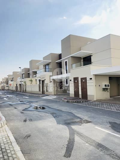 5 Bedroom Villa for Rent in Khalifa City A, Abu Dhabi - BRAND NEW COMPOUND.. LARGE VILLA WITH ALL MODERN FIXTURES
