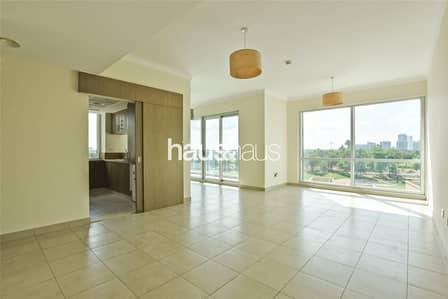 2 Bedroom Flat for Rent in The Views, Dubai - Golf Course view | Low Floor | 2 Bedroom