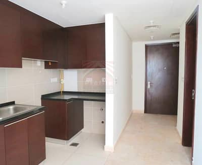 Studio for Rent in Al Reem Island, Abu Dhabi - Studio full of light for Rent in Marina Square