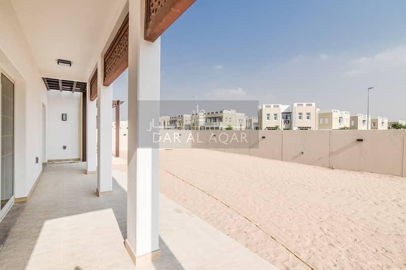37 Elegant & Large Plot | 5 Bedroom Villa | Mudon