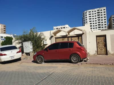 6 Bedroom Villa for Rent in Al Nuaimiya, Ajman - Six bedroom + hall villa compound for rent