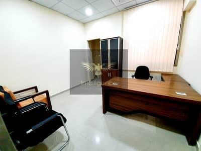 مکتب  للايجار في شارع حمدان، أبوظبي - Prime Location! Well Maintained Office Spaces