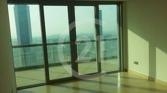2 Bedroom Apartment for Rent in Downtown Dubai, Dubai - Balcony Entrance