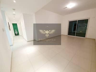 فلیٹ 2 غرفة نوم للايجار في جزيرة الريم، أبوظبي - Multiple Cheques/Vacant Unit/Balcony/Full Sea View
