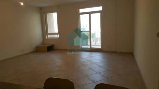 شقة 2 غرفة نوم للايجار في موتور سيتي، دبي - Upgraded 2 BR Apartment For Rent in Motor City