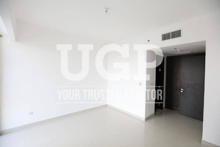 2 Hot Price | Vacant and Huge apartment with Partial Sea View