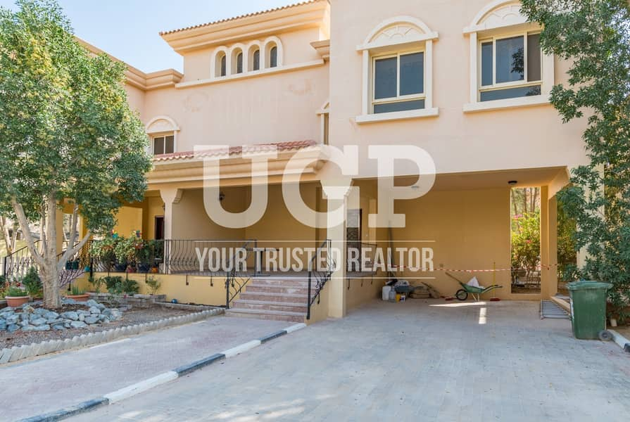 13 Semi Detached 3BR Duplex villa with Private Parking
