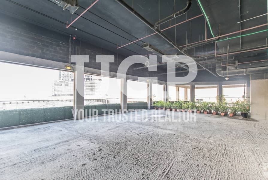 10 High end Retail Space Prime Location Up to 2 Payments!