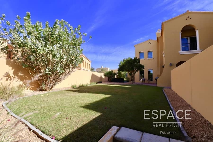 2 Stunning 3 Beds plus Maids in Palmera 2 Opposite Pool and Park