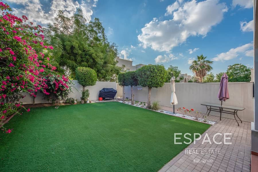 13 Exclusive |Type 4E Villa |Well Maintained