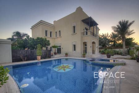 5 Bedroom Villa for Rent in Emirates Hills, Dubai - Full Lake View - Heated and Chilled Pool