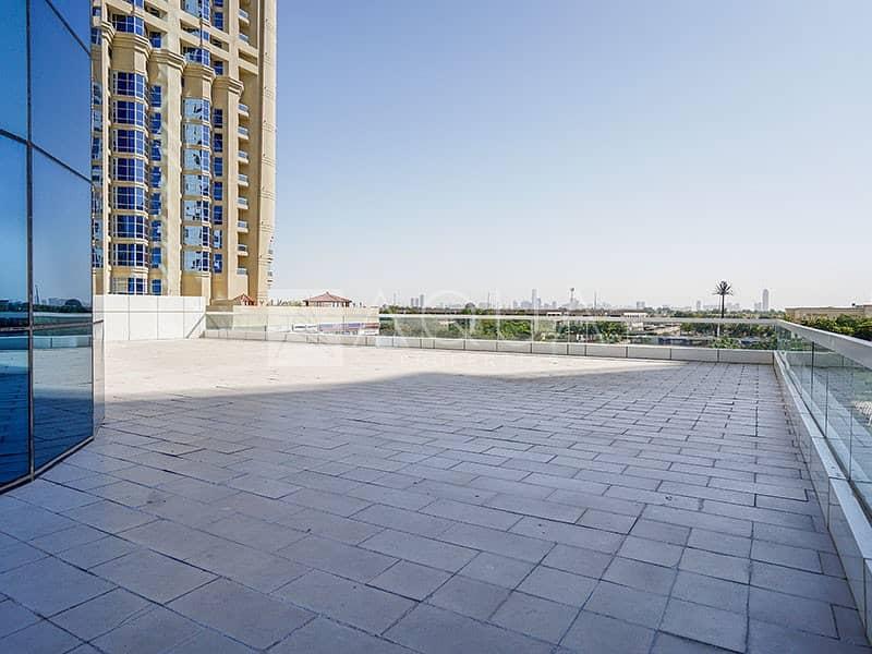 12 Biggest Flat with Beautiful Marina Skyline View